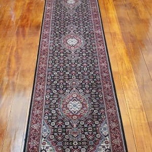 Rug# 23480, Superfine Amritsar, Tabriz dsn, NZ wool pile, India, size 607x81, RRP $5100, on special $1900 (2)