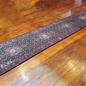 Rug# 23480, Superfine Amritsar, Tabriz dsn, NZ wool pile, India, size 607x81, RRP $5100, on special $1900 (3)