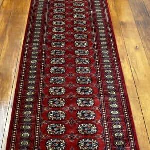 Rug# 24835, Superfine Pakistan Turkamman design, Lahore, 20x20 quality, size 303x81 cm RRP $2900, Special $1250